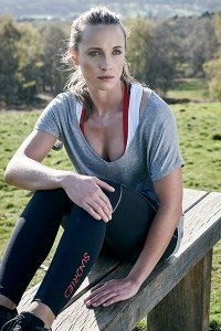 Alexandra Parren Sundried Activewear Outdoor Photoshoot 084 1 200x300 - Turning Waste Into Activewear