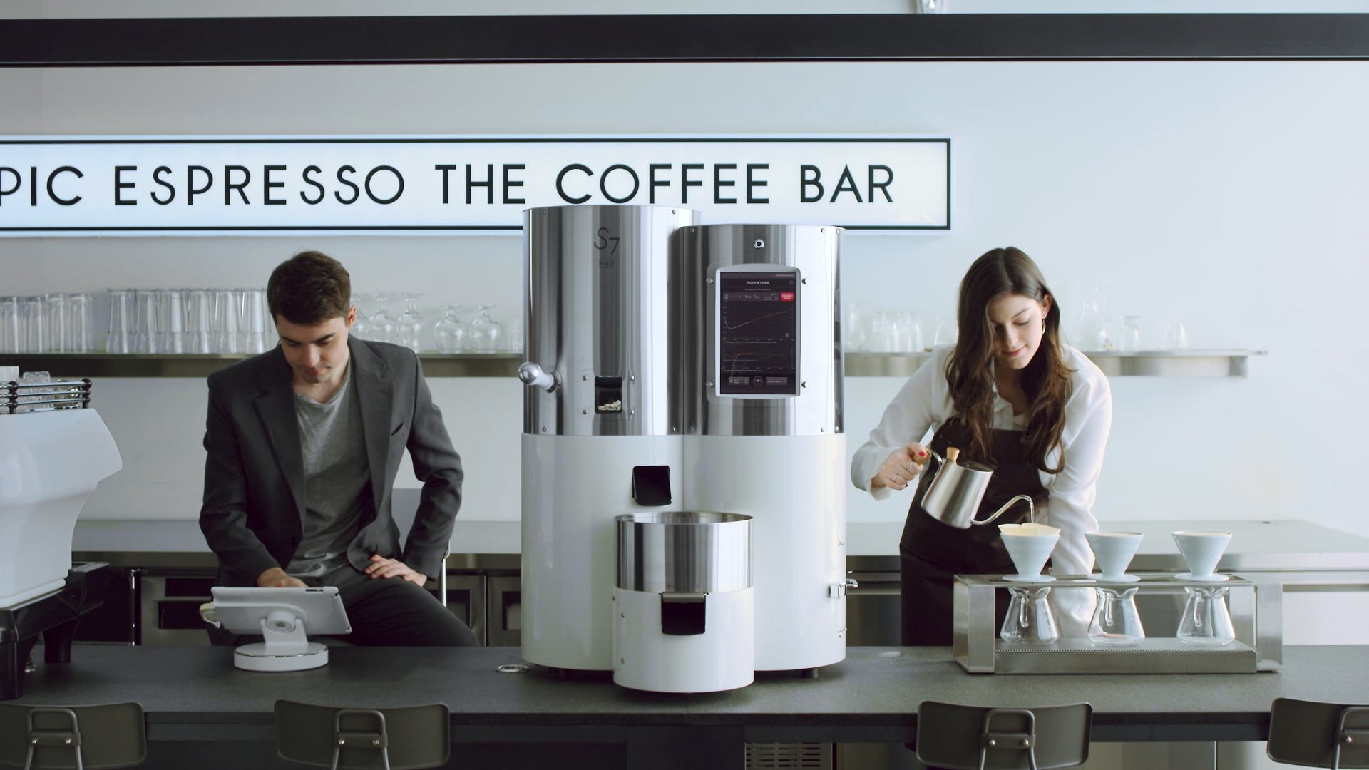Sol Payton Lee S7 Pro Brand Campaign Film - Stronghold Smart Roasters to Introduce A Whole New Concept of Coffee Roasting