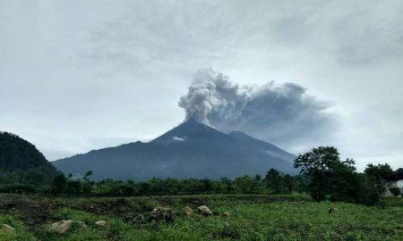 low 2018 06 05 Entrega Alotenango 1 450x270 - Anacafé and Funcafé set up collection centers for the victims of the Fuego volcano eruption