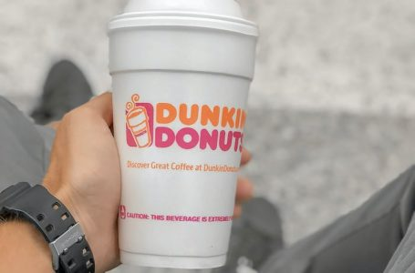 Dunkin' Welcomes Summer with New Sunrise Batch Hot Coffee and Butter Pecan Sundae Signature Latte