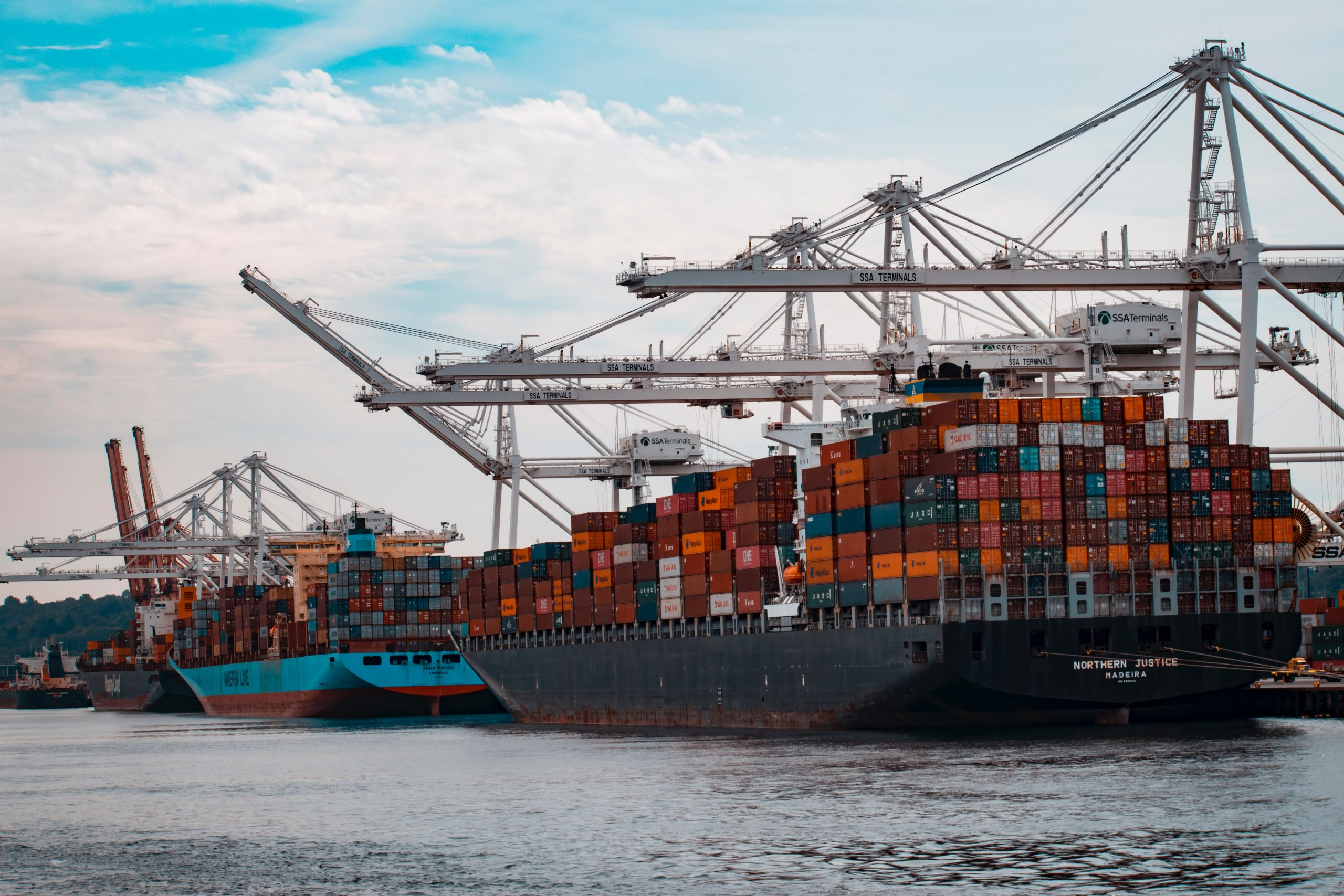 Afternoon Coffee: SAP Concur integrates with Amazon Business; Warehouse competition and prices surge at congested ports; Coffee prices rise after frost threatens supply